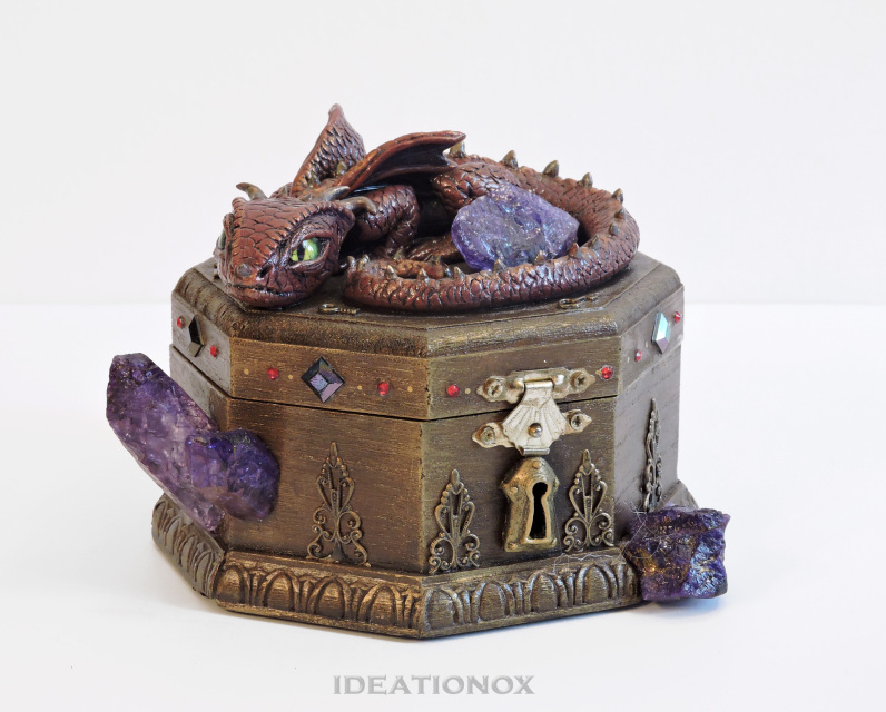 sold baby dragon guarded box - Decorative Boxes